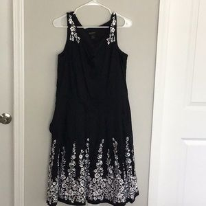 WHBM 16 black and white embroidered dress